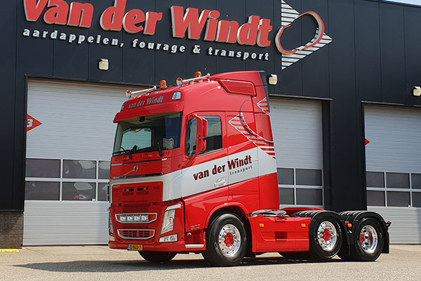 Van-der-windt-transport-1