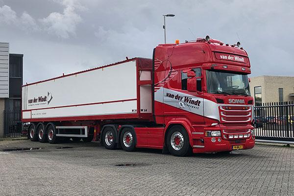 Van-der-windt-transport-6